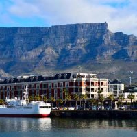 V&A waterfront - table mountain
