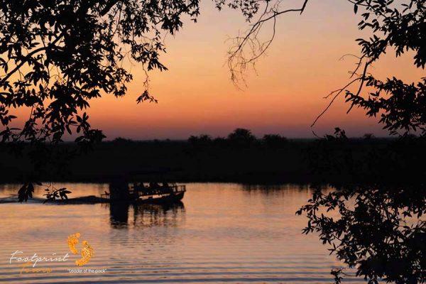 sunset cruise – chobe – DSC_9377