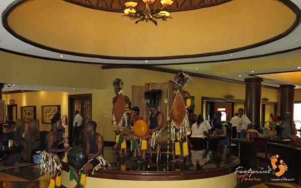 warm welcome in botswana – IMG_0115