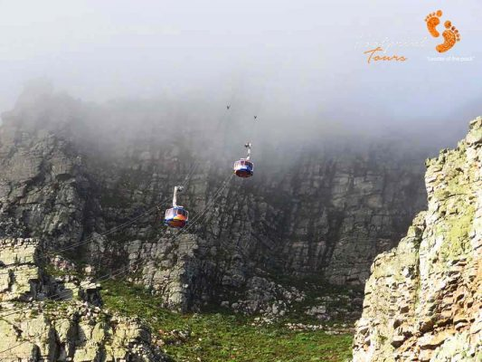 cable cars – table mountain – cape town – IMG_2545